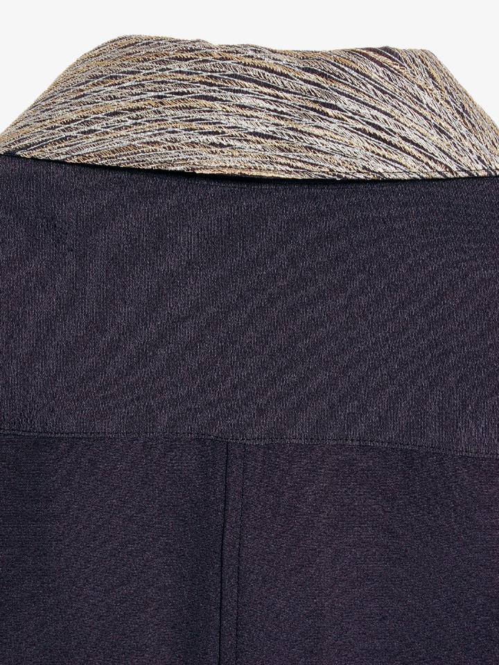 Pattern on Back Collar